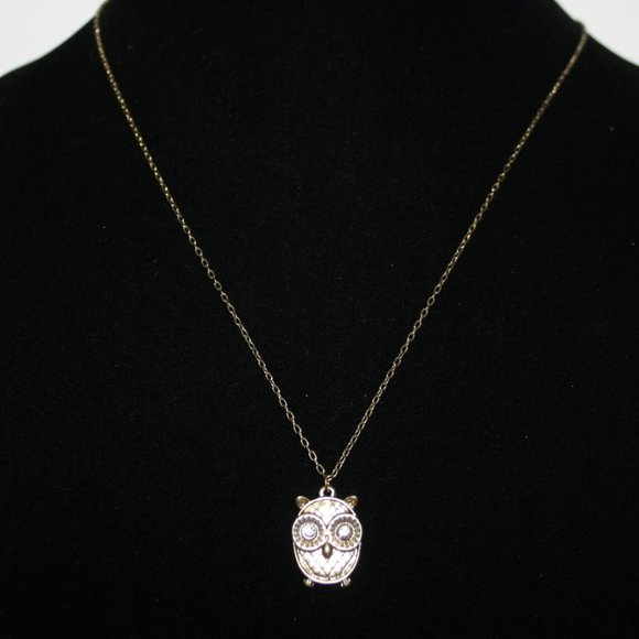 """Beautiful gold necklace with owl rhinestones 23"""""""